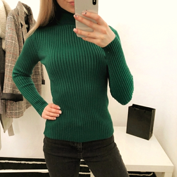 American Eagle Green Ribbed Turtleneck Sweater Cozy Winter